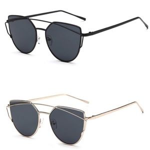 Accessories - NWT Oversized Statement Sunnies